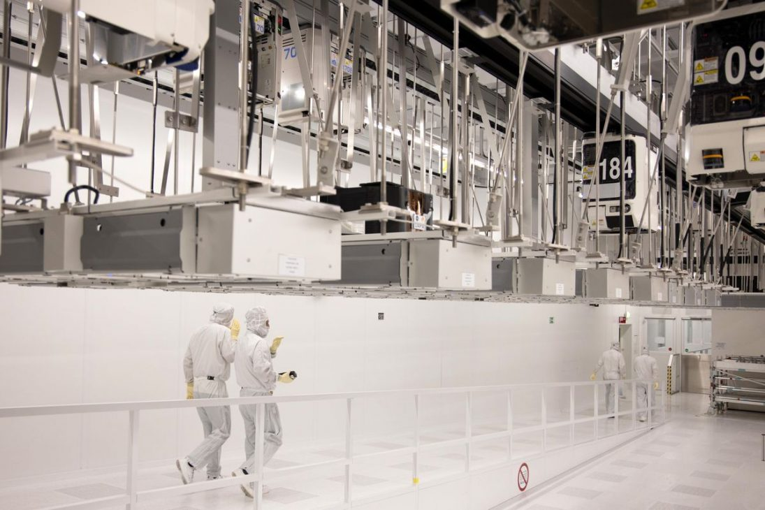 Xây dựng Dự án la bàn kỹ thuật số, châu Âu muốn làm chủ công nghệ bán dẫn - EU 2