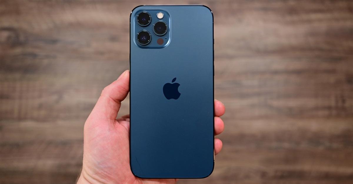5 smartphone thời trang hấp dẫn chị em - Trên tay iPhone 12 Pro Max Trải nghiệm nhanh những tính năng mới của máy thumb