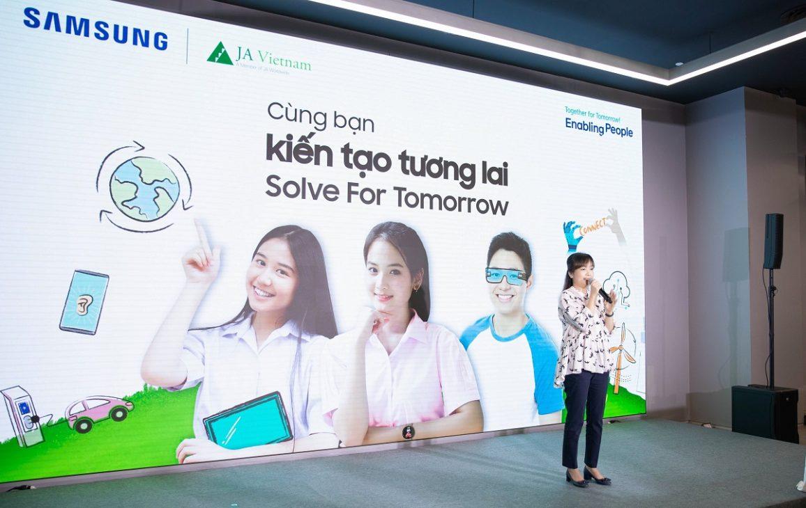 Solve for Tomorrow 2021, nhìn thấy tương lai từ ý tưởng của trẻ em vùng sâu vùng xa - 02. Ba Nguyen Phi Nhu Giam Giam doc Truyen thong Doi ngoai Samsung