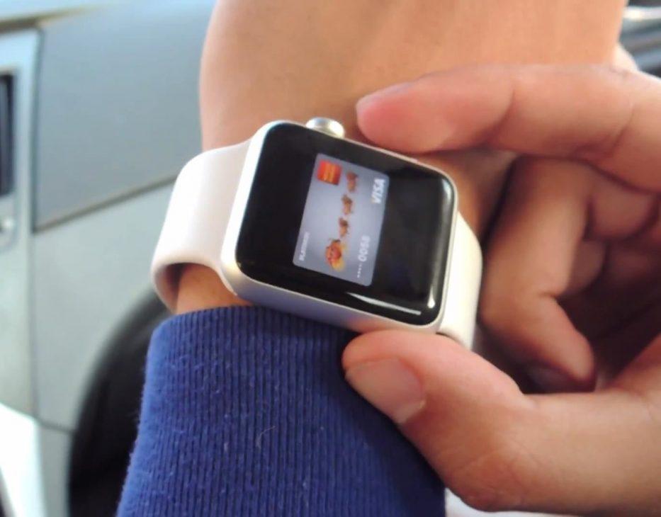 Apple Watch giúp cảnh sát bắt cướp, cứu người - Apple Watch 3