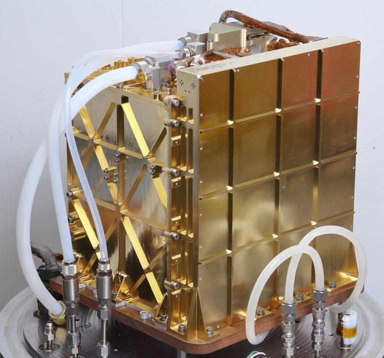NASA sản xuất oxy từ CO2 trên sao Hỏa, cấp nguồn thở cho phi hành gia và tàu thám hiểm - MOXIE 3