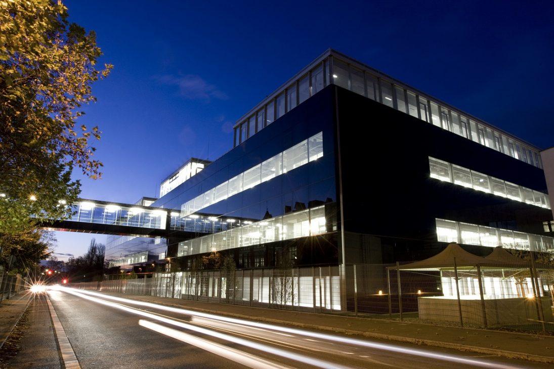 Bosch khánh thành nhà máy chế tạo IC hiện đại trị giá đầu tư 1 tỷ Euro - 1136315