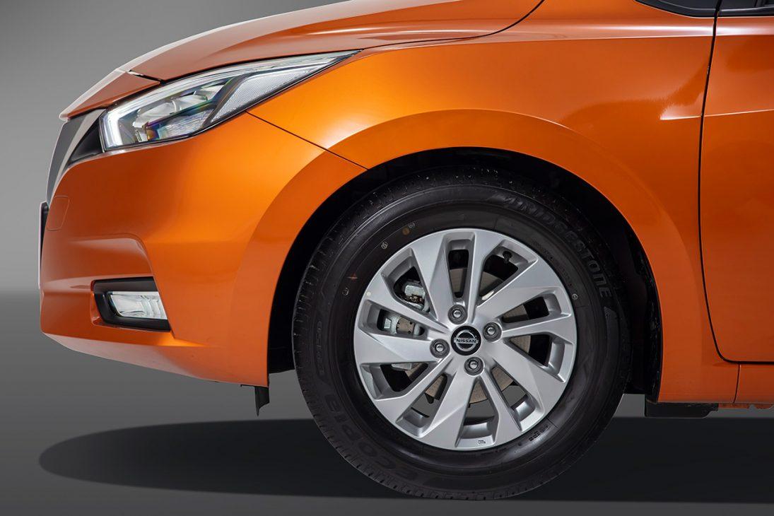 Nissan Almera trang bị công nghệ chuyển động thông minh ra mắt thị trường Việt, giá từ 469 triệu đồng - Chi tiet ngoai that 11