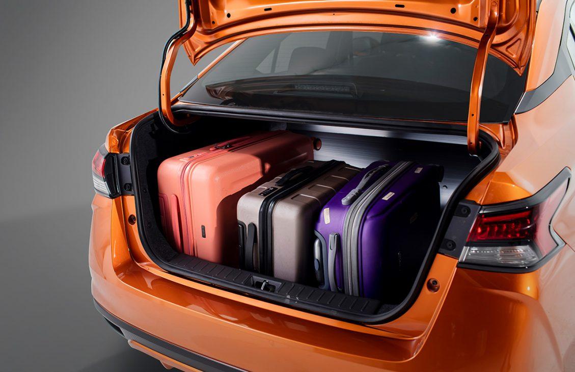 Nissan Almera trang bị công nghệ chuyển động thông minh ra mắt thị trường Việt, giá từ 469 triệu đồng - Chi tiet ngoai that 16