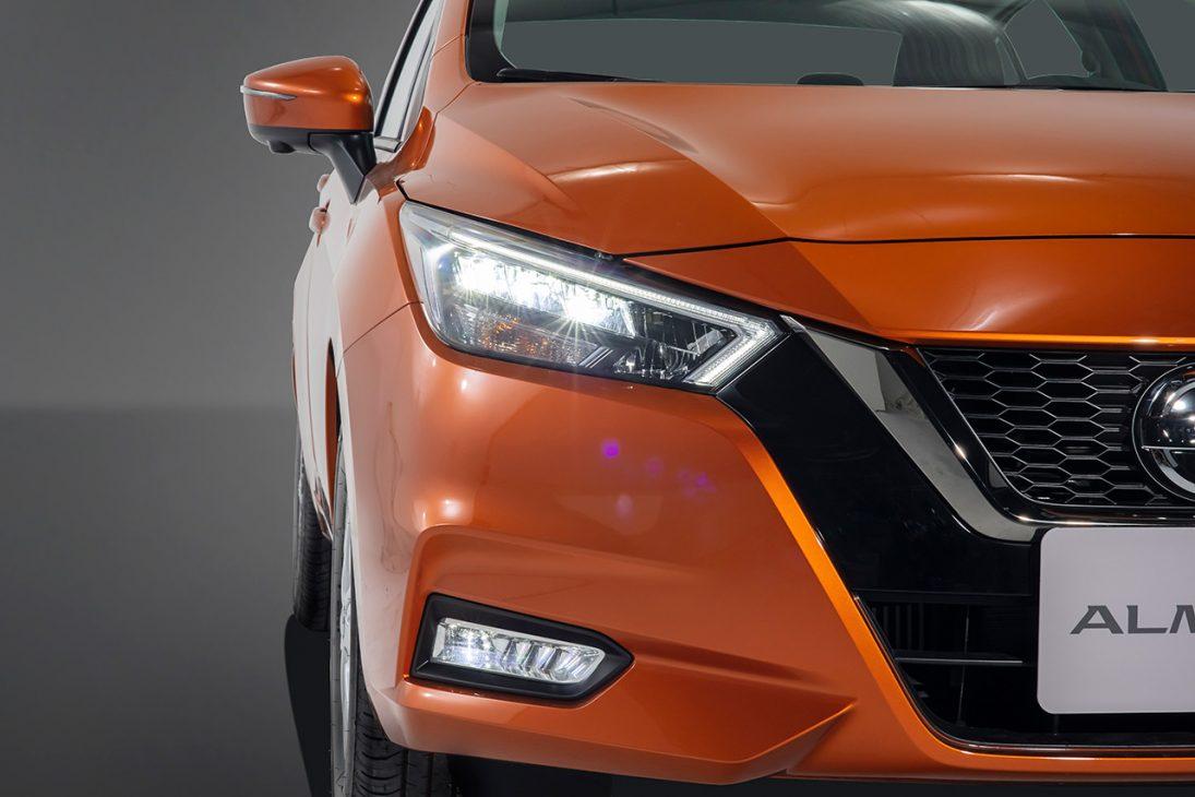 Nissan Almera trang bị công nghệ chuyển động thông minh ra mắt thị trường Việt, giá từ 469 triệu đồng - Chi tiet ngoai that 4