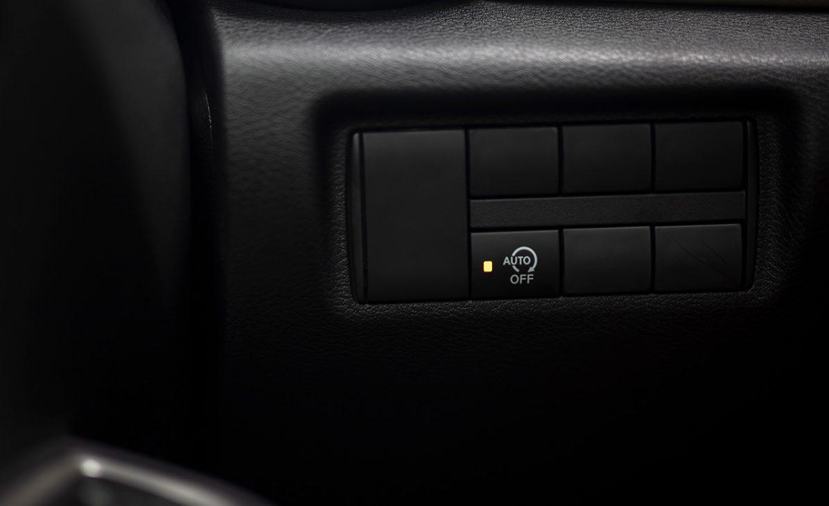 Nissan Almera trang bị công nghệ chuyển động thông minh ra mắt thị trường Việt, giá từ 469 triệu đồng - Idling stop