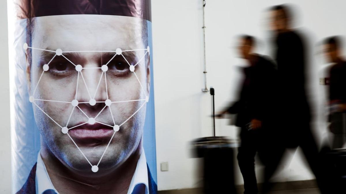 Rò rỉ hợp đồng quân đội Mỹ nhận dạng khuôn mặt để xác định danh tính từ mạng xã hội - cong nghe nhan dang khuon mat 2