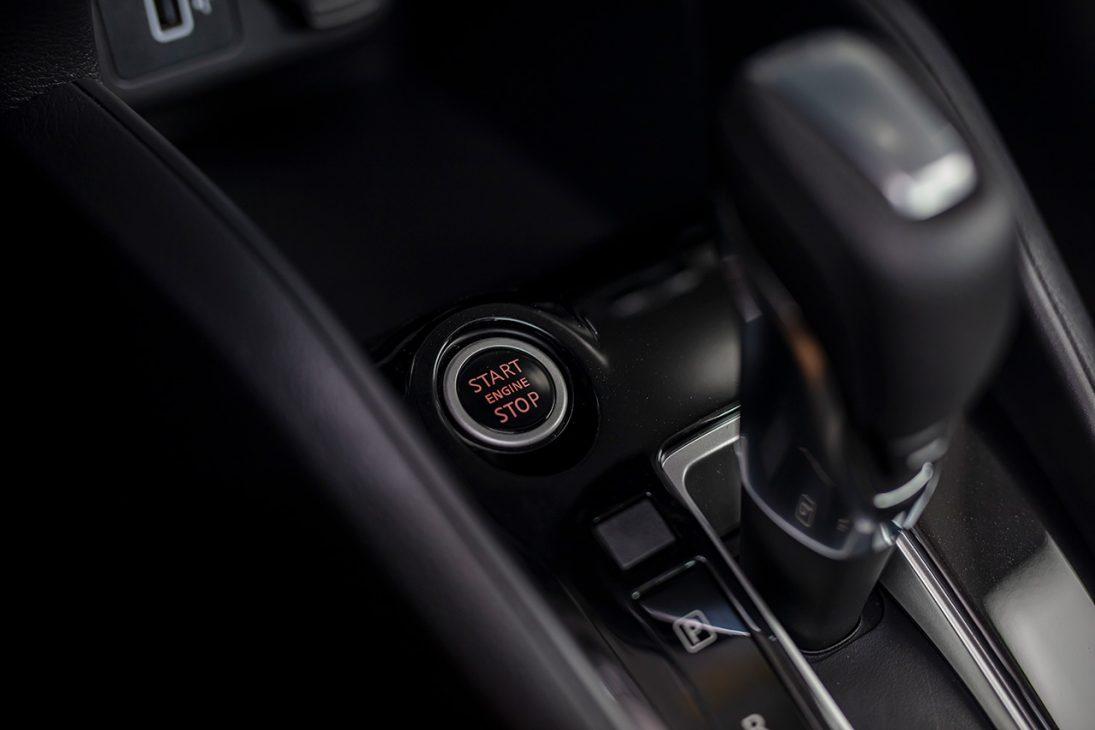 Nissan Almera trang bị công nghệ chuyển động thông minh ra mắt thị trường Việt, giá từ 469 triệu đồng - start stop