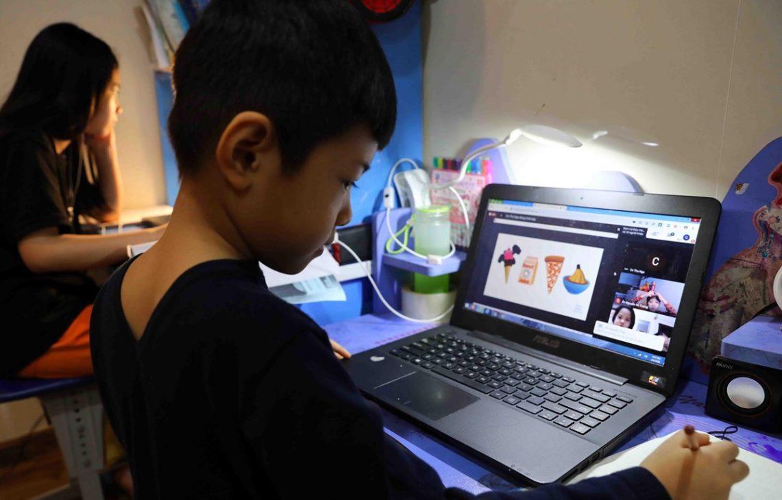 Chuẩn bị tâm thế sẵn sàng cho học sinh bước vào năm học mới trực tuyến - Hoc truc tuyen 2