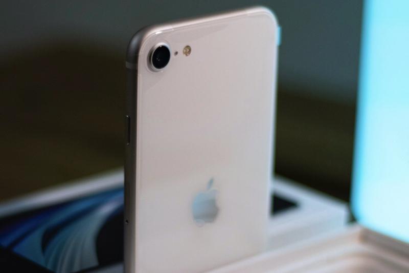 iPhone SE 3 sẽ là một trong những sản phẩm đáng mua nhất năm sau - 2 6