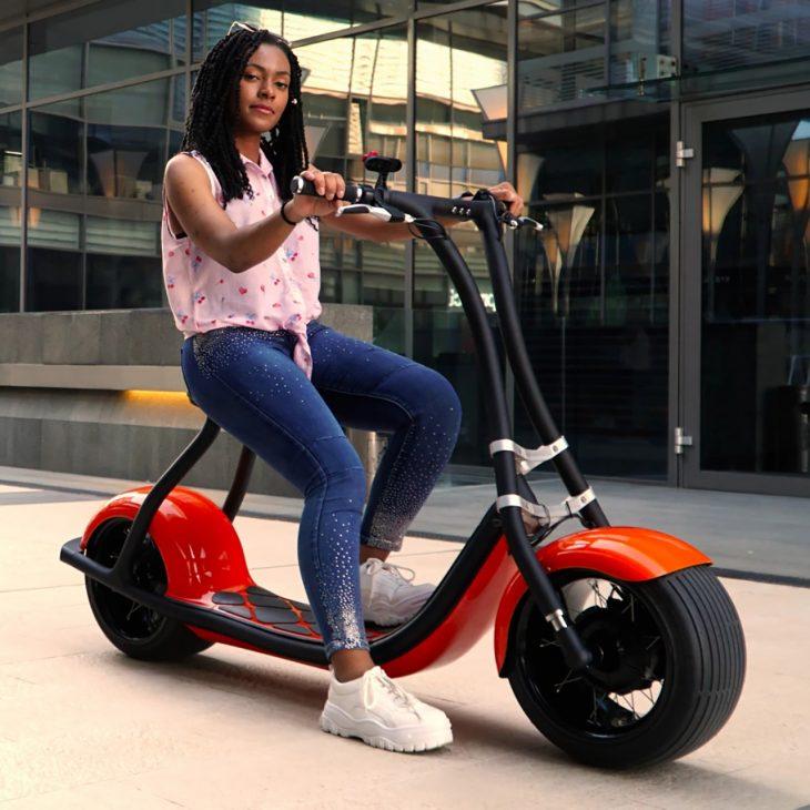 Rolley+: Xe scooter điện thông minh có thể mở khóa bằng khuôn mặt - a2xyz omesm